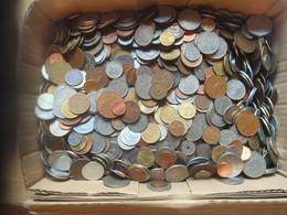 Lot De 14 Kg De Monnaies Du Monde à Saisir - Vrac - Monnaies