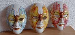 Lot De 3 Masques En Céramique Décoratif De Carnaval - Altri