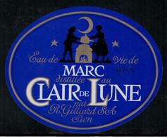 Marc Distillé Au Clair De Lune, Eau-de-vie - Fruits & Vegetables