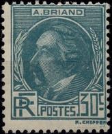 FRANCE 291 ** MNH Aristide Briand Avocat Politique Prix Nobel De La Paix 1935 (CV 42 €) - Nuevos