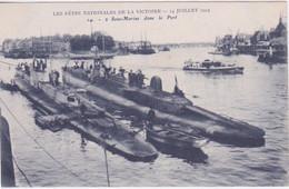 BATEAU - MARINE DE GUERRE - SOUS MARINS DANS LE PORT  FETE DU 14 JUILLET 1919 - Onderzeeboten