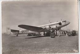 CPSM   13 MARSEILLE-MARIGNANE AEROPORT APPAREIL LANGUEDOC AIR FRANCE - Marignane