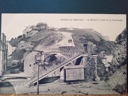 50 ,granville ,le Moulin à Vent Et La Passerelle ........vue Peu Courante - Granville