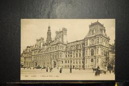 CP, 75,  PARIS, PARIS - L'Hôtel De Ville. - LL 817 - Arrondissement: 04