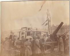 Photo Novembre 1918 PARIS - Place De La Concorde, Canon Et Tank Allemand A7V, Panzer (A233, Ww1, Wk1) - War 1914-18