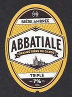 Etiquette De Bière Triple  -  Abbatiale  -  Brasserie Des Sources à Saint Amand Les Eaux   (59) - Beer