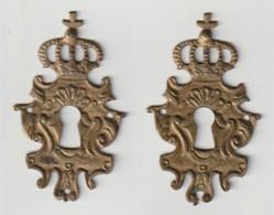 Sleutel-clé-key-schlüssel-chiave-dørnøgle 2x Ornament Metal - Ferro Battuto