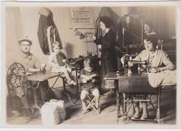 Grande Photographie Originale 18 -  CHATEAUMEILLANT Mme Geoffroy Tricots Sur Mesure  Années 30 - Luoghi