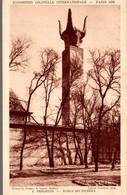 75 PARIS 1931 EXPOSITION COLONIALE INTERNATIONALE MADAGASCAR ALOALO DES BUCRANES - Exposiciones