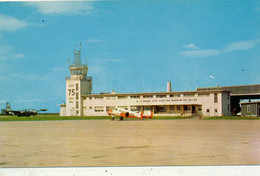 OPERATIONS BUILDING AND TOWER, U.S. NAVAL AIR STATION, BRUNSWICK, MAINE - WITH AIRPLANES - Andere
