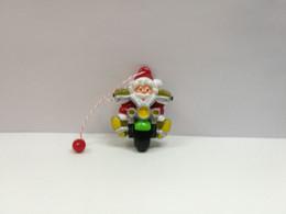 Kinder :  706195 Weihnachtsmotive  Aus Adventskalender 2007 - Der Rasante Weihnachtsmann - Monoblocchi