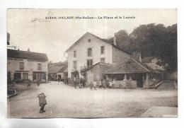 70 - DELAIN  ( Hte-Saône ) - La Place Et Le Lavoir. Personnages. Maison Rossignot - Other Municipalities