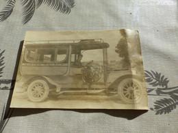 20/9 , 5 , Rare Photo, Autobus Et Son Chauffeur Du Winter Palace , Menton, Alpes Maritimes,  Vers La Gare, 1919 - Cars