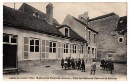 AUXERRE INSTITUT DE JEUNES FILLES TRES ANIMEE - Auxerre