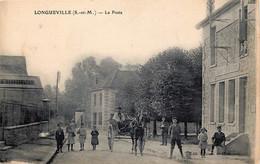 D77- Longueville : Bel Attelage Devant La Poste - Non Classés