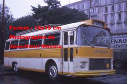 ReproductionPhotographie Ancienne D'un Bus Saviem SC5 Ligne St-Isidore Sté German & Cie à Nice 1972 - Reproductions