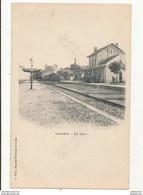 46 GOURDON LA GARE AVEC TRAINS CPA BON ETAT - Stations - Met Treinen