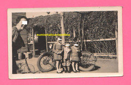 Australia Old Photo Moto BSA H30 Cc 550 A Wiluna 1938 Old Photo Old Motorcycle With Children - Cars