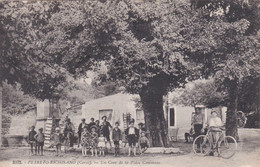 20 Petreto Bichisano. Un Coin De La Place Commune - Altri Comuni