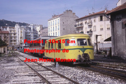 ReproductionPhotographie Ancienne De 2 Trains Des Chemins De Fer De La Provence à Nice à Digne En 1977 - Reproductions