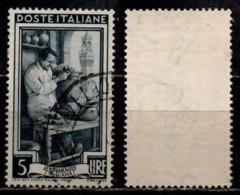 Italia Al Lavoro 5 Lire Filigrana Ruota 1 Destra Bassa - 1946-60: Gebraucht