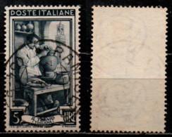 # Italia Al Lavoro 5 Lire Filigrana Ruota 1 Destra Bassa - 1946-60: Gebraucht
