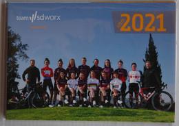 CYCLISME: CYCLISTE : EQUIPE FEMININE SDWORX 2021 COMPLETE - Cycling