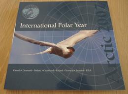 "ANTARTIC 2007 Livre  ""INTERNATIONAL POLAR YEAR "" 8 BLOCS NEUFS** (trés Bon état) - Unclassified"