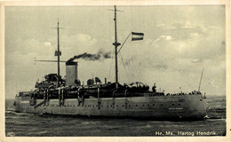 Hr Ms Hertog Hendrik   MILITARY SHIPS NAVIRES MILITAIRES BATEAUX BARCOS DE GUERRA WAR - Guerra