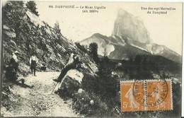 CPA Du Dauphiné - Le Mont Aiguille - Une Des Sept Merveilles Du Dauphiné. - Unclassified