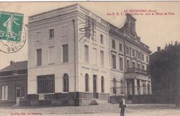 27 Le Neubourg. Les PTT Et L'hotel De Ville - Le Neubourg