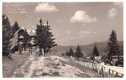PREDEAL - BRAN / BRASOV : RESTAURANTUL PÂRÂUL RECE Pe SOSEAUA REGINEI MARIA - AUTOMOBILE ~ 1930 - '935 - RRR !!! (ai006) - Romania