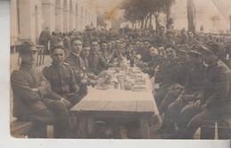 MILITARI IN CASERMA FOTO DI GRUPPO - Barracks