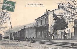 30 - LES MAGES :  La Gare ( Convoi En Gare ) CPA Village ( 2.060 Habitants) - Gard - Otros Municipios
