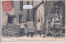 ROQUEFORT-  DECHARGEMENT ET RECEPTION DU FROMAGE FRAIS - Roquefort