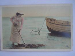"""Cpa Femme Sur La Plage Et Barque Moreau Phot. Marque """"Etoile"""" Paris Serie 1066 - Women"""
