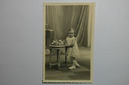 Lot 8 CDV Enfants - VRA01 - Portretten