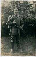 Foto AK 1.WK Soldat Pickelhaube Feldmarschmäßig Ausmarschfoto  #199 - Guerra 1914-18