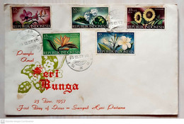 Indonesia 1957 FDC Flowers - Indonesia