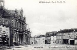 REVIGNY SUR ORNAIN  -  Place De L' Hôtel De Ville - Revigny Sur Ornain