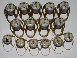 9 Séries De 6 Capsules De Champagne GENERIQUE (Mode Et Champagne) - Collezioni