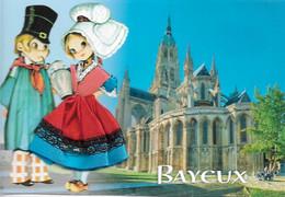 Fantaisies - Carte Brodée - La Normandie - BAYEUX - 2 Jeunes En Tenues - La Cathédrale - Cpm - Vierge - - Embroidered