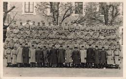 17 Fouras Les Bains Carte à Militaire Cpa Carte Photo De Groupe Militaires Soldats - Regiments