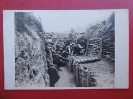 119 REGIMENT SOLDATS DANS TRANCHEES 1915 SIGNE CHABERT SECTEUR 115 A LIRE CARTE PHOTO - Regiments