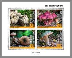 CENTRALAFRICA 2020 MNH Mushrooms Pilze Champignons M/S - OFFICIAL ISSUE - DHQ2035 - Paddestoelen