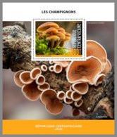 CENTRALAFRICA 2020 MNH Mushrooms Pilze Champignons S/S - OFFICIAL ISSUE - DHQ2024 - Paddestoelen