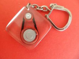 PC Keyring - Bourbon - Inclusion - à Bulle - Roulements Courroie - Auto Voiture Automobile - Key-rings