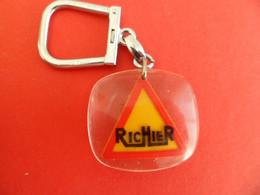 PC Keyring - Bourbon - Inclusion - RICHIER Nordest WEITZ SA - Genemat Oleomat Noralpe - - Key-rings