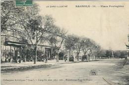 GARD : Bagnols Sur Cèze, Place Poulagière - Bagnols-sur-Cèze