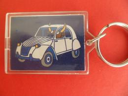 PC Keyring - Auto Voiture Automobile CITROEN - 2 Cv - Kukuxumusu - Key-rings